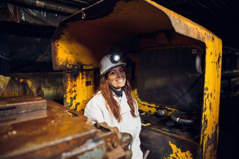 Das Fotoshooting mit Sandra Suarez-Lopez, Masterstudentin an der TU Clausthal und eines der neuen Gesichter der Imagekampagne, hat im Weltkulturerbe-Bergwerk Rammelsberg stattgefunden. Foto: Christian Kreutzmann