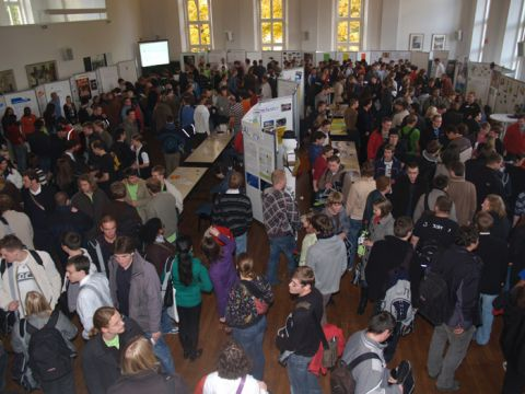 Treffpunkt aller Studienanfänger: die TUC-Startmesse, die auch im vergangenen Wintersemester bestens besucht war.