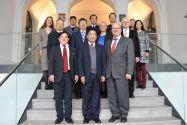 Die chinesische Delegation um Professor Xu Delong (vorne, Mitte) traf mit zahlreichen Vertretern der TU Clausthal zusammen. Foto: Ernst