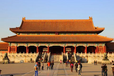 """Die Fachkompetenz der Clausthaler Studierenden wird im China-Kompetenzzentrum ergänzt um Wissen über die Kultur, Wirtschaft, Politik und Geschichte des Landes – im Bild die """"Verbotene Stadt"""" in Peking (UNESCO-Weltkulturerbe). Foto: Nds. Staatskanzlei"""