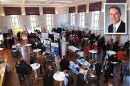 Die Firmenausstellung im Rahmen des Tags der Informatiklehrer war gut besucht. Professor Harald Richter (kleines Foto) vom Institut für Informatik der TU Clausthal hatte die Tagung organisiert.