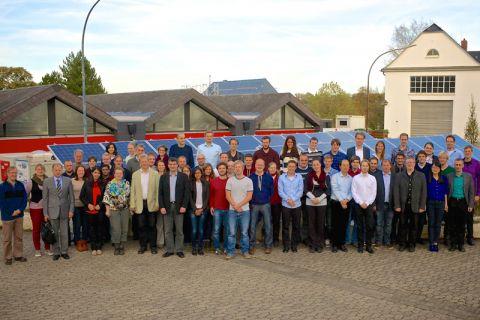Über elektrochemische Speichersysteme tauschten sich etwa 60 Wissenschaftler auf dem Energie-Campus der TU Clausthal in Goslar aus. Foto: IEPT