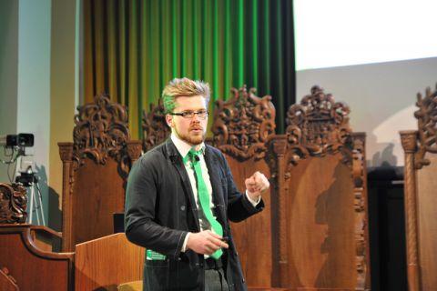 Hauptinitiator und Entertainer bei Science on the Rocks: Florian Schmeing, Student der TU Clausthal. Foto: Ernst