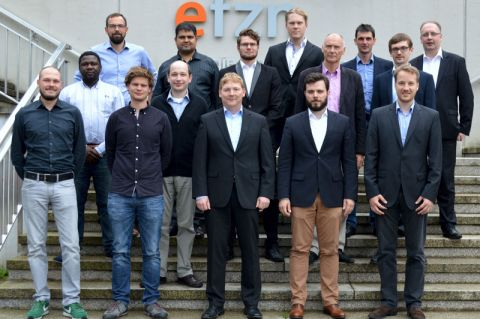 """Teilnehmer der Auftaktveranstaltung für das Forschungsprojekt """"ReserveBatt"""". Foto: EFZN"""