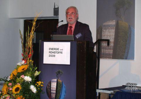 Professor Leopold Weber aus dem österreichischen Wirtschaftsministerium stellte den Rohstoffplan seines Landes vor, der in der EU als beispielhaft gilt.