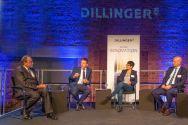 Podiumsdiskussion: der saarländische Ministerpräsident Tobias Hans (2.v.l.) im Austausch mit TU-Präsident Professor Thomas Hanschke. Foto: Dillinger