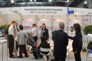 Viele Gespräche führten Clausthaler Wissenschaftler auf der Fachmesse GIFA in Düsseldorf. Foto: IMET