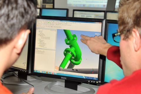 Für die Konstruktion ihres Elektrorennwagens setzen die Studierenden immer mehr auf Simulation. Foto: Ernst