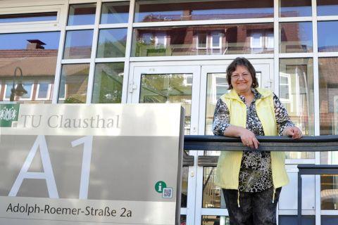 Dr. Marlies Raudschus begann im Sommersemester 1968 ihr Studium an der TU Clausthal, einige Tage zuvor war die Hochschule zur Universität geworden. Foto: Ernst