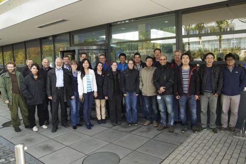 Der Clausthaler Professor Hein-Günter Brokmeier (5. von links) mit den Teilnehmern der Texturschule in Garching bei München. Foto: Schürmann