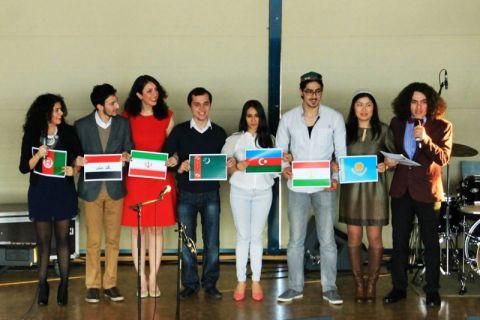 """Studierende aus mehreren Ländern feierten mit der neuen iranischen Vereinigung an der TU Clausthal in der Mensa das Fest """"Nowruz"""". Foto: Nowruz 2014"""