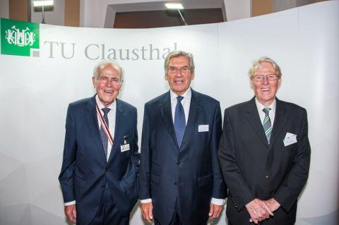 Haben vor 50 Jahren ihren Abschluss in Clausthal gemacht und sich seither immer für die TU eingesetzt (von links): Professor Dieter Ameling, Professor Ekkehard Schulz und Dr.-Ing. Jörg Pfeiffer. Foto: Ernst