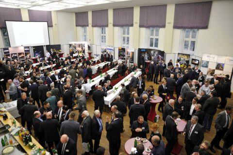 Volles Haus: Zum 8. Kolloquium Fördertechnik im Bergbau kommen mehr als 300 Gäste in der Clausthaler Aula zusammen. Foto: Ernst