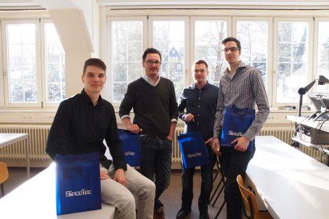 Das Sieger-Quartett im Konstruktionswettbewerb (von links): Fabian Glies, Günther Gillig, Thomas Kammerzell und Moritz Bößert. Foto: Lena Hoffmann