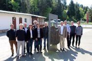 """Die Beteiligten des Projektes """"Altbergbau 3D"""" bei der Auftaktveranstaltung im Mai am Goslarer Rammelsberg mit Professor Wolfgang Busch (5. von links) von der TU Clausthal. Foto: Rammelsberg"""