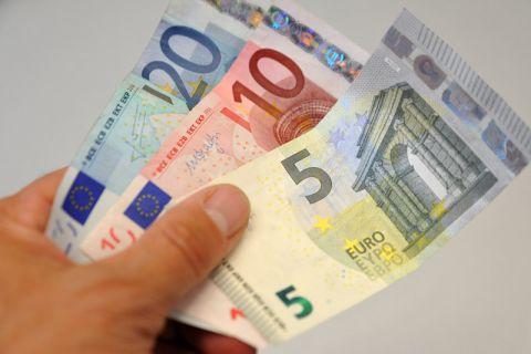 Die Studierenden müssen 35 Euro mehr zahlen. Foto: Ernst
