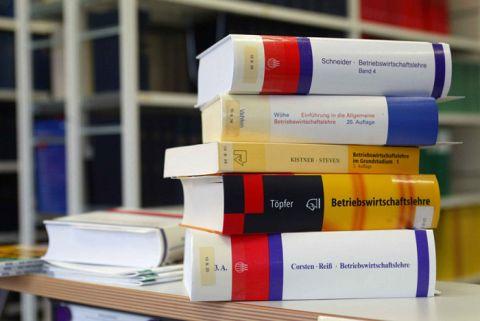 Im deutschsprachigen Raum forschen rund 2100 Betriebswirte.
