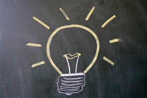 LernLink bringt Licht in den Lernprozess der Studierenden, indem das Projekt verschiedene Lehr- und Lernmaterialien – beispielsweise innerhalb der Physik – thematisch sortiert und aufbereitet. Foto: ZHD