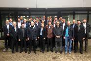 Gruppenbild vor dem Clausthaler Institut für Polymerwerkstoffe und Kunststofftechnik. Foto: Institut