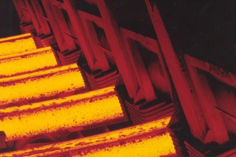 In der Werkstoffliste des Stahlinstituts VDEh sind mehr als 2200 Stähle aufgeführt. Foto: Stahl-Zentrum, SMS