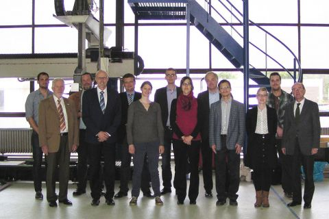 Wissenschaftlerinnen und Wissenschaftler aus Braunschweig, Clausthal-Zellerfeld, Hannover und Berlin – darunter Professor Gerhard Ziegmann (Zweiter von links) –  arbeiten in der neuen DFG-Forschergruppe zusammen.
