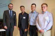 Gewinner des Lehrpreises (von links): Simon Schäfer, Constantin Weigel, Steven Reineke und Nils Kreth als Vertreter für Verena Spielmann. Foto: ZHD