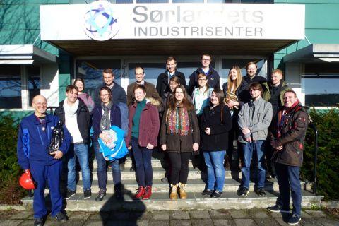 Clausthaler Studierende um Professorin Babette Tonn besuchten Industrieunternehmen in Norwegen und Dänemark. Foto: Institut