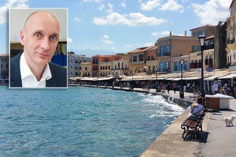 Professor Stefan Hartmann (kleines Bild) hat eine Kooperation mit der Technical University of Crete auf den Weg gebracht, die in der Hafenstadt Chania angesiedelt ist. Fotos: Hartmann, Ernst