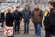 Die Bärenführer gaben die Richtung vor und unterstützten die Schüler beim Kennenlernen der TU Clausthal.