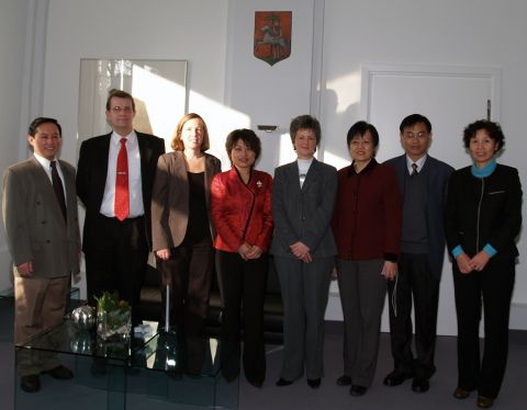 Delegation von der China Agricultural University (CAU) zusammen mit Frau Dr. Ines Schwarz, Frau Almut Steinbach und Herrn Dr. Michael Z. Hou.