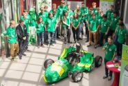 Das Team Green Voltage Racing stellt den neuen Elektrorennwagen vor. Foto: GVR